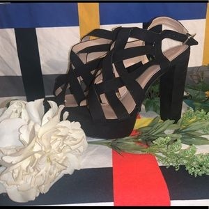 Shoes - Black Strappy Heel